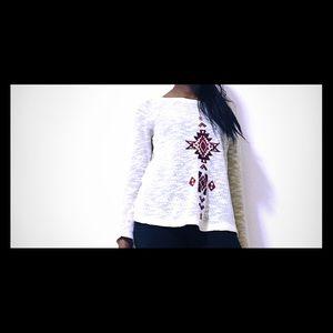 FOREVER 21 Long sleeved, tribal patterned blouse